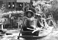 -- Damnuen Saduak, Thailand